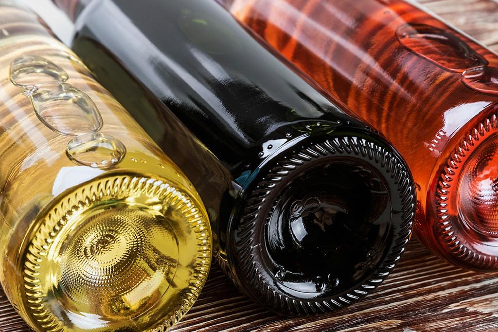winecolors-bottles