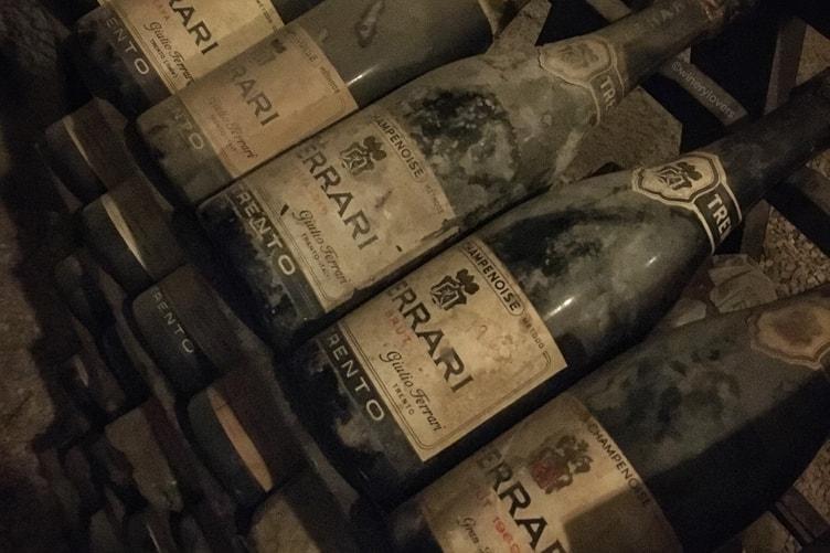 Ferrari Trento 1995 Old Bottles